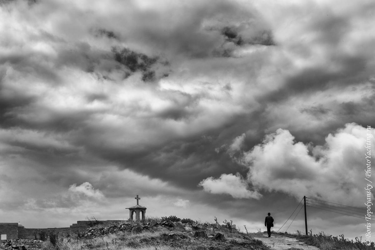 Seriphos, Cyclades. Photo by Boris Topolyansky